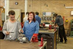 Certificate II in Electrotechnology (Career Start) | TAFE NSW